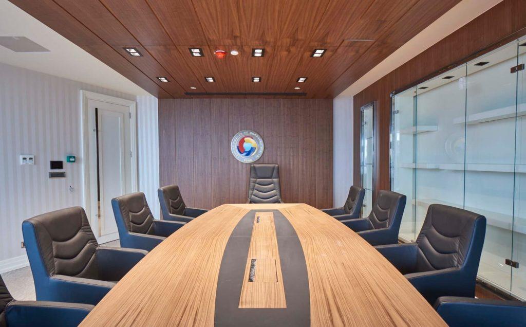 ofis toplantı masaları