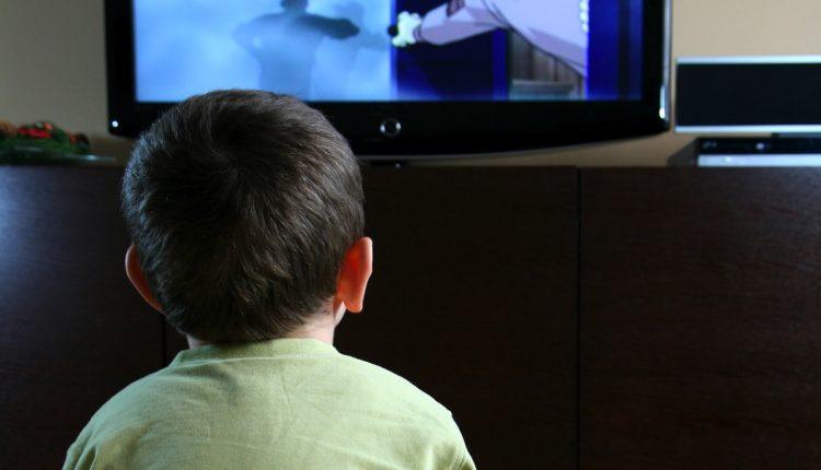 çocuk,televizyon,bağımlılığı,tv, çocuklara televizyon eğitimi