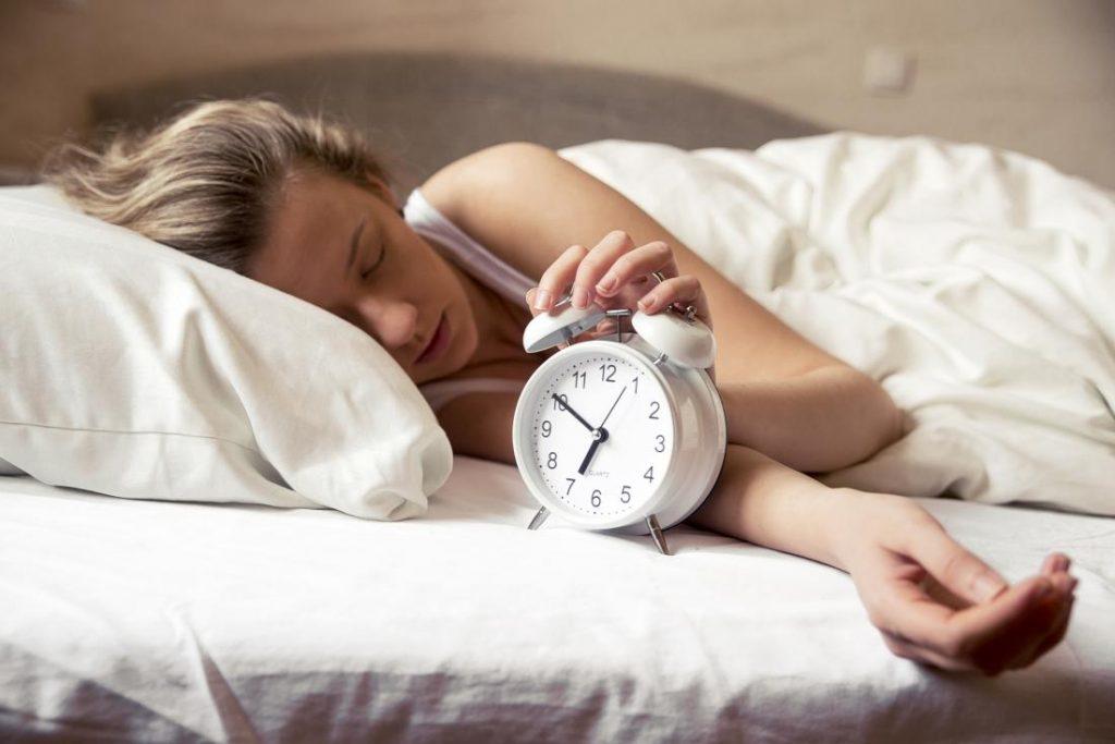 uyurken güzelleşmek güzellik uykusu uyku doğru uyku
