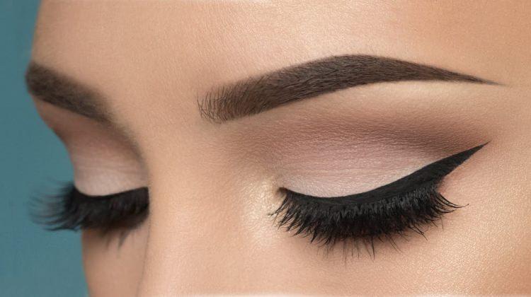 göz makyajında nelere dikkat etmeliyiz,göz hastalıkları,su ile kolay çıkarılan makyaj,Göz makyajında görme kaybı